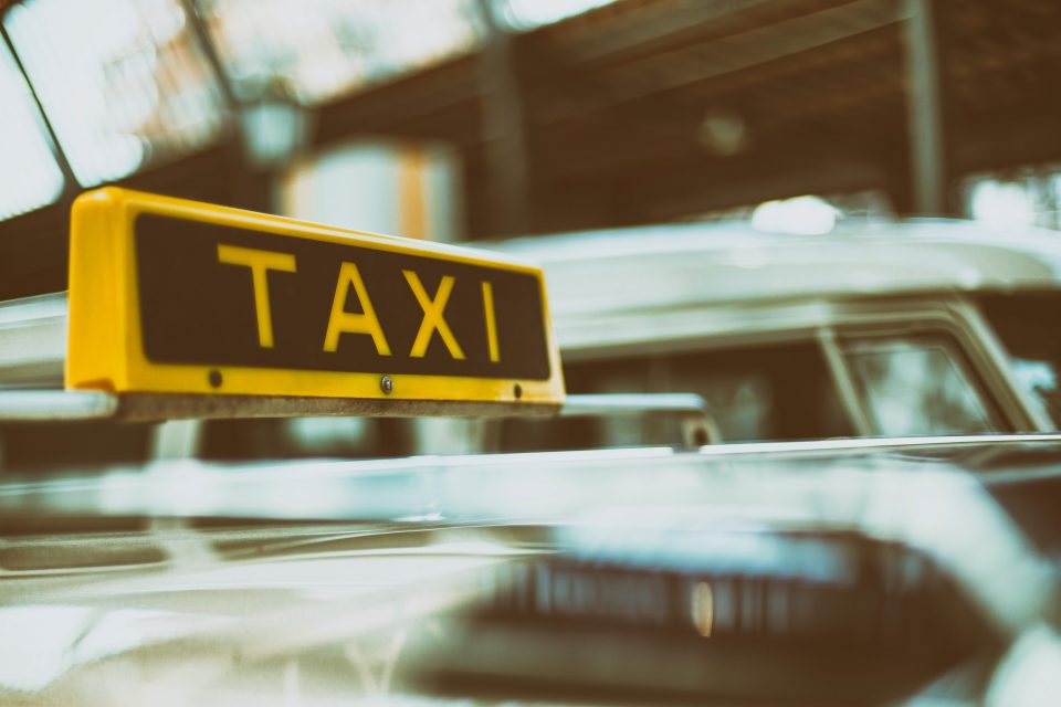 limpieza-taxis-desinfeccion-covid19-madrid-megaservice