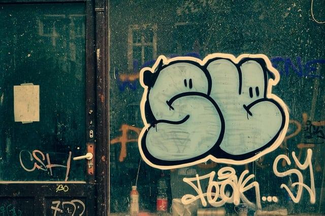 graffitis-laminas-antigraffitis-megaservice