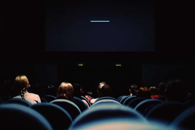 limpieza-sala-butacas-cine-teatro-megaservice